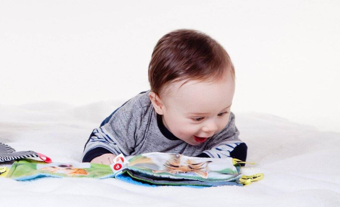 infant EEG predicts childhood IQ