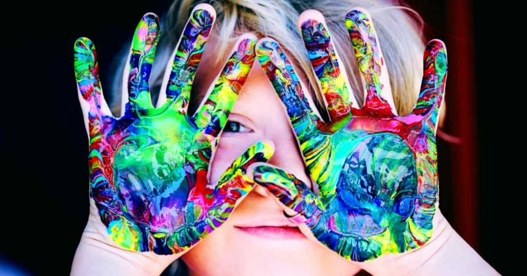 color emotions are universal - painted child
