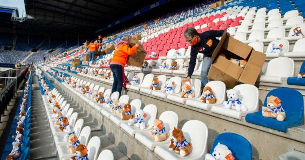dutch soccer stadium teddy bears children cancer charity 1