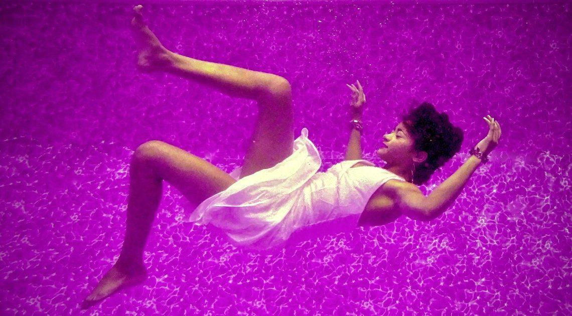 dreams report - lady in purple dream